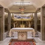 Realizzazione della teca contenente le reliquie di san Giuseppe da Copertino presso la cripta del santo nella basilica di Osimo